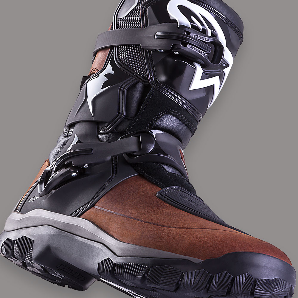 alpinestars mens's belize drystar motorcycle touring boots